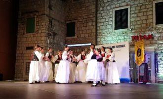 Festival folklora na Hvaru, Hrvatska 2019