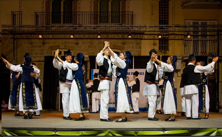 INTERNATIONAL FOLKLORE FESTIVAL Barcelona