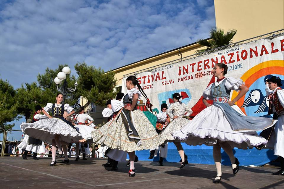 Festival de folklore-Silvi-Marina-Pescara-Italia