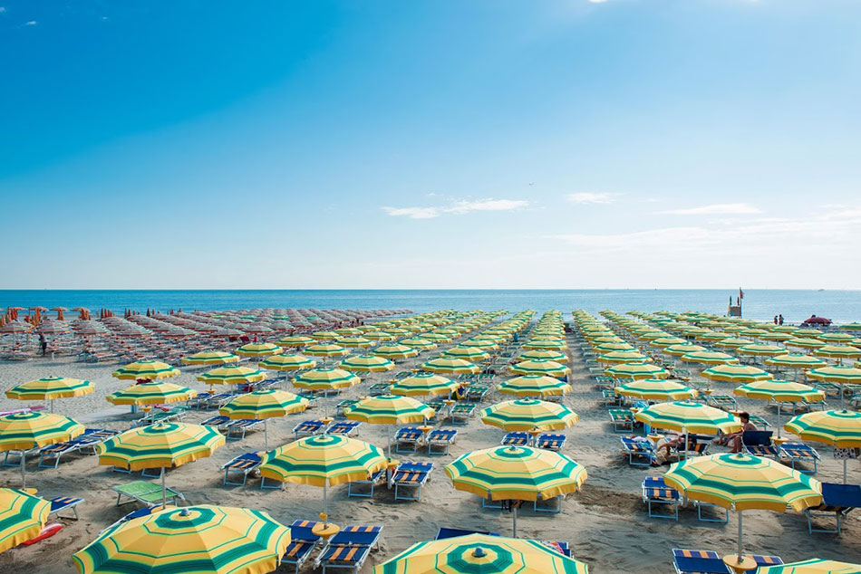 Playa-en-Rimini-Italia